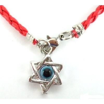 Звезда Давида на красной нити